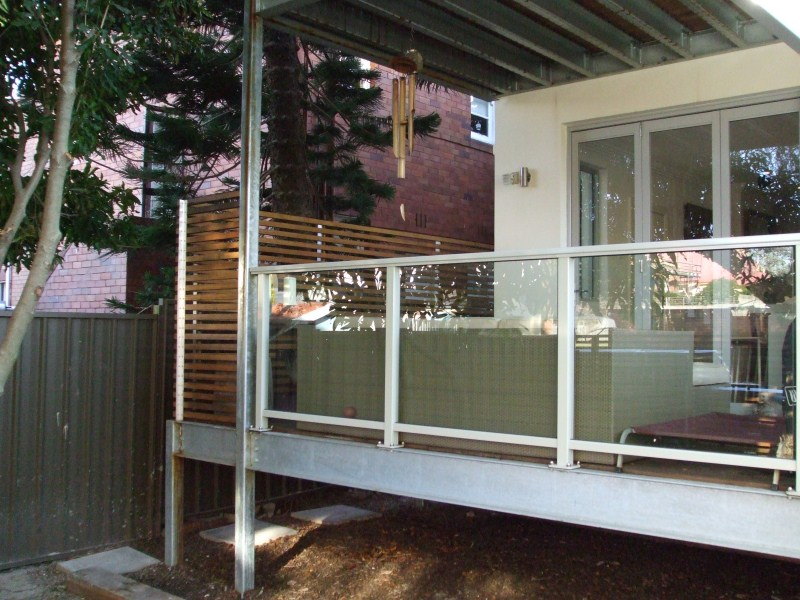 Randwick Balcony with framed glass balustrade with handrail